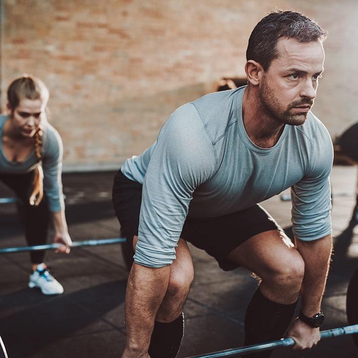 Im Gruppenkurs Muskeln aufbauen